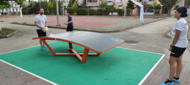 Σε χρήση δύο αθλητικά τραπέζια σε Κιάφα και Σεισμόπληκτα